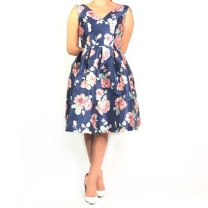 bd09d62dbba7 Chi Chi London Floral Fit & Flare Dress TPI